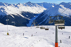 Davos-Klosters Mountains - Skipiste und Liftanlage