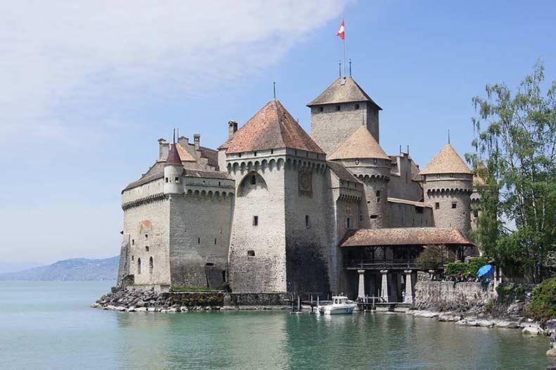 Nr. 1 Schweiz Sehenswürdigkeiten – Schloss Chillon