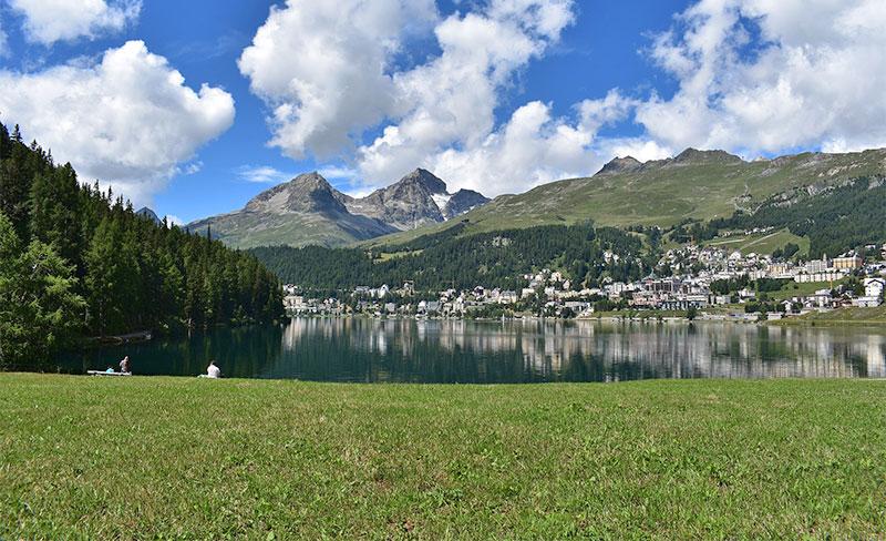 Alpine Berglandschaft bei St. Moritz